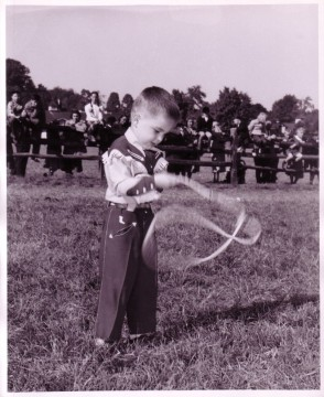 A Trick Lasso Contestant tries his hand at lasso spinning, Roy Rogers and Dale Evans Archives, Library and Archives,  Autry Museum; MSA.24.