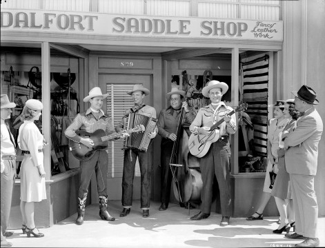 1604_16: Gene Autry, Fred Martin, Bert Dodson, and Jerry Scoggins in Robin Hood of Texas, © 1947 Autry Qualified Interest Trust and The Autry Foundation