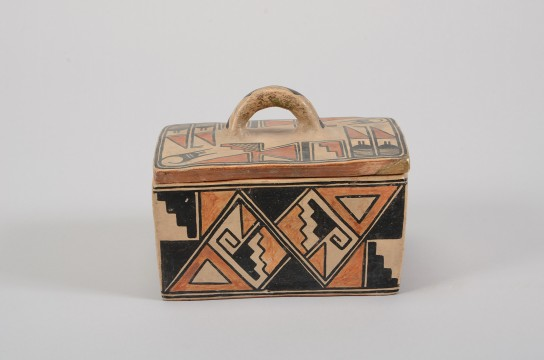 Polychrome lidded box